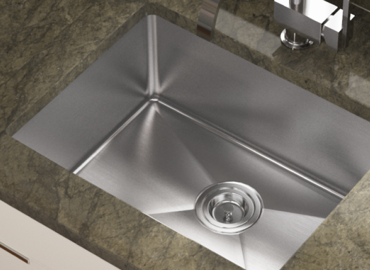 Does It Matter Whether My Kitchen Sink Drain is Centered or Offset?