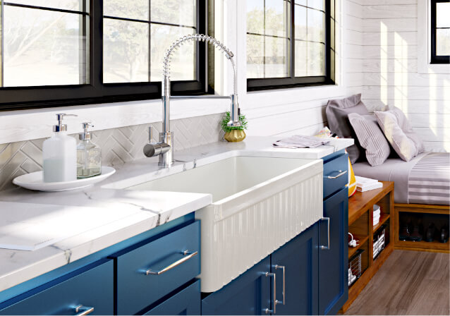 What are the Advantages of a Fireclay Farmhouse Sink