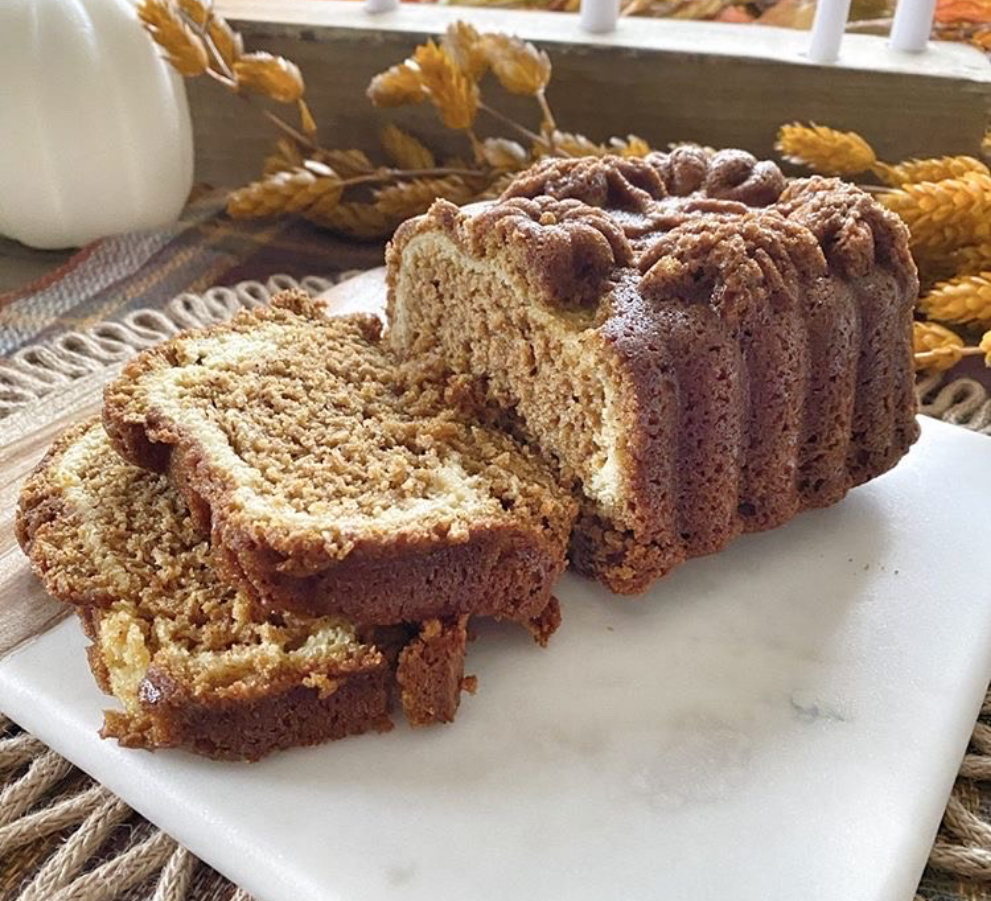 Delicious, fresh homemade pumpkin swirl bread with cream cheese filling.
