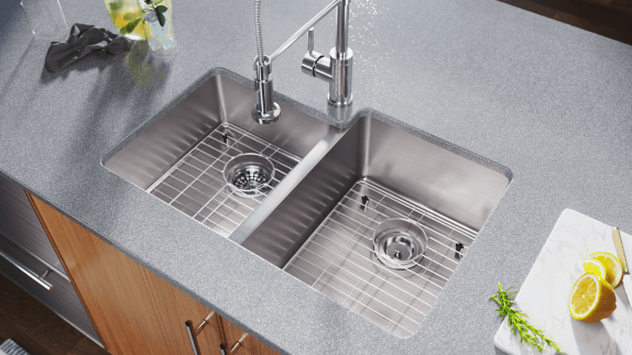 Our industrial sinks come in several configurations for any kitchen
