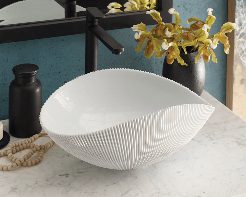 MG1912-SE Lifestyle Image: Fully Tempered Glass Vessel Oval One Bowl Bathroom Sink